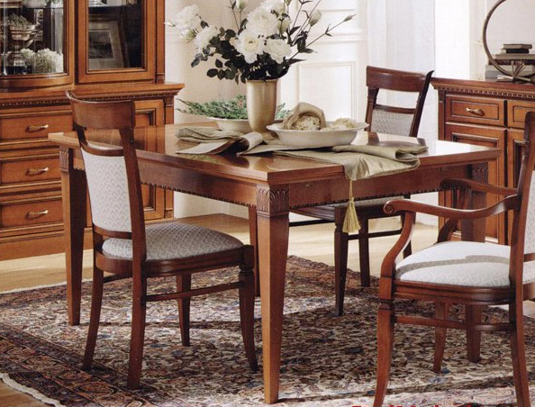 Dining room table center